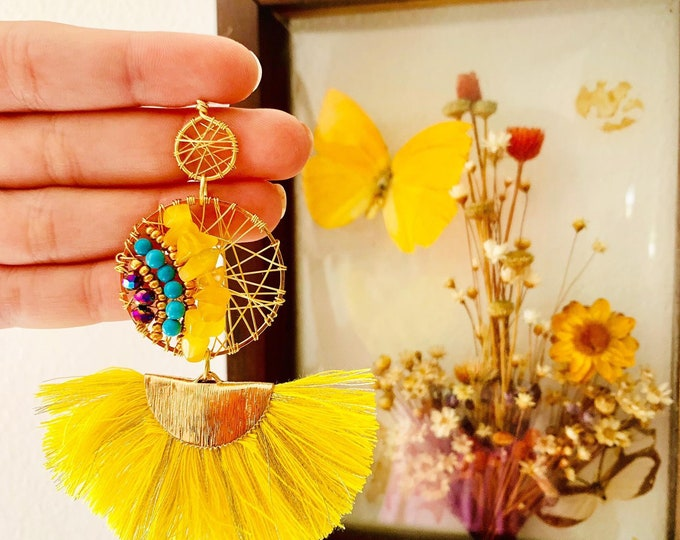 Wire yellow statement earrings