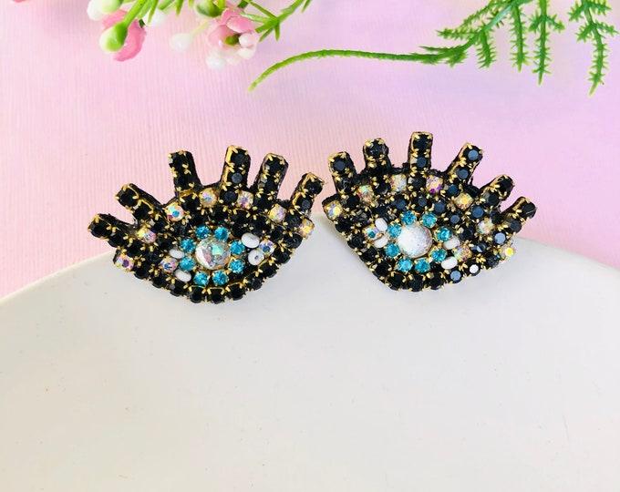 Evil eye stud earrings, simple stud earrings, evil eye earring, turkish eye earrings, evil eye charm, handmade evil eye earrings