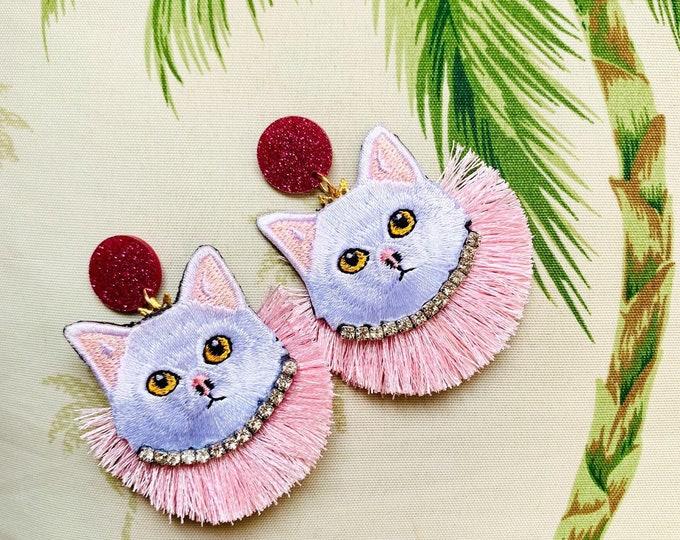 Cat earrings. Kitty cats earrings. Handmade. Statement earrings