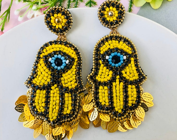 Beaded Hamsa earrings, evil eye earring, stunning evil eye earrings, seed bead fringe earrings, simple chain earrings, protection earrings