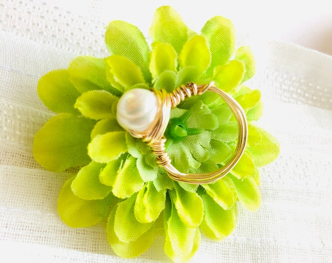 Single Pearl wire wrapped ring, fresh water pearl ring, june birthstone ring, mothers day gift, gold wire pearl ring, stacking ring