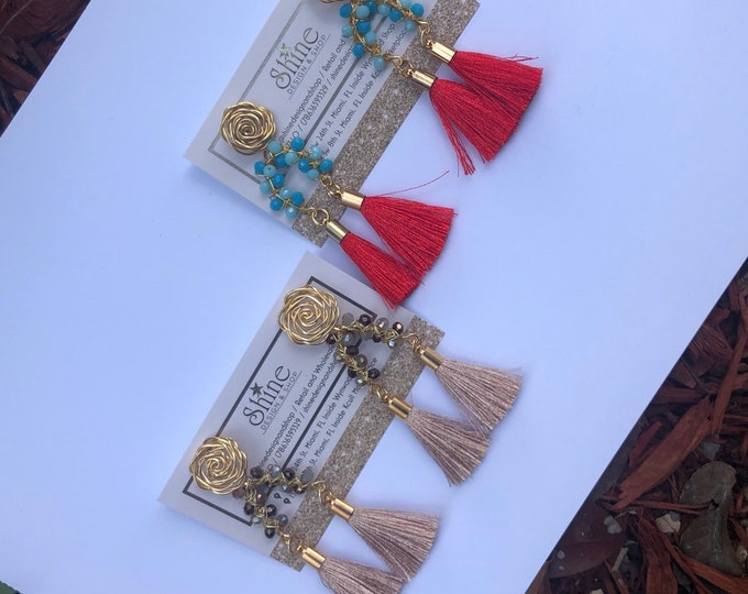 Wire earrings. Gold plated earrings. Handmade. Statement.
