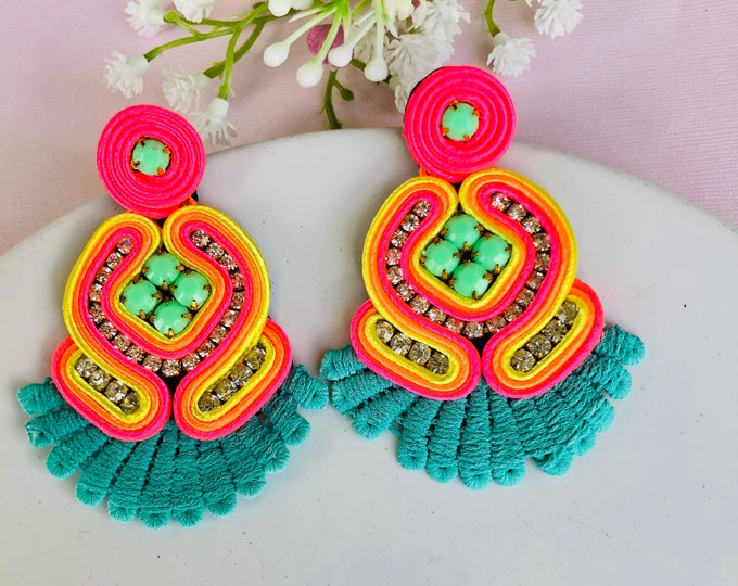 Handmade Soutache earring, soutache jewelry, Statement earrings, edgy earrings, wanderlust jewelry, colorful soutache earrings