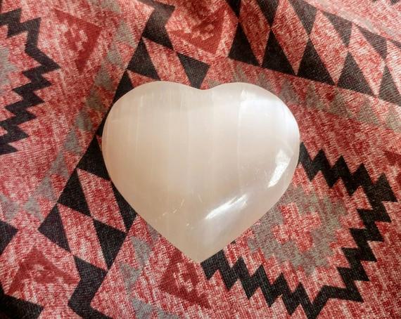 """White Selenite Stone - 2"""" Puffy Heart Palm Stone - Hand Carverd Pocket Rock - Negavite Engery Protection - Reiki Healing - Crystal Gift"""