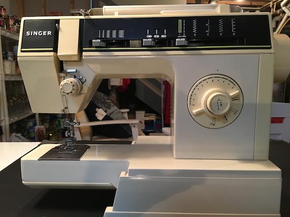 Singer 40C Sewing Machine Hand Wheel Etsy Adorable Singer Sewing Machine 6212c