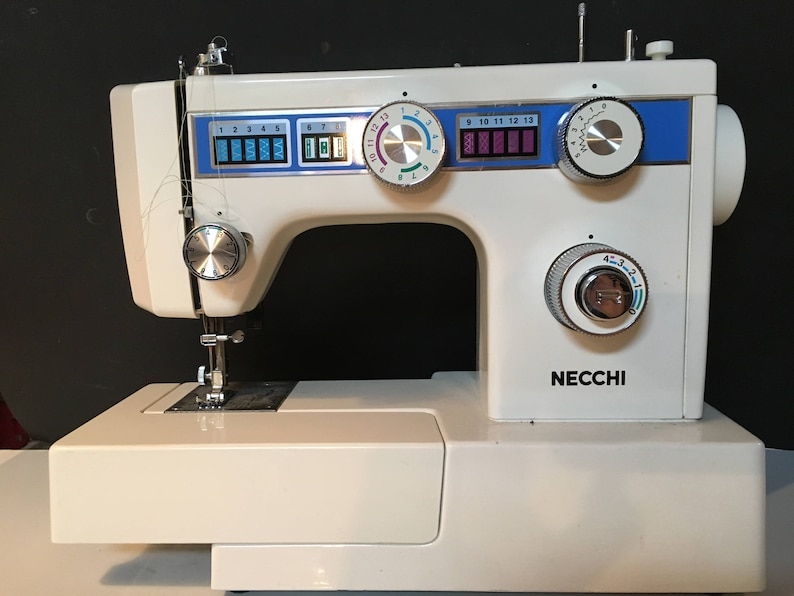 Necchi Model 3355 Light Assembly with working bulb