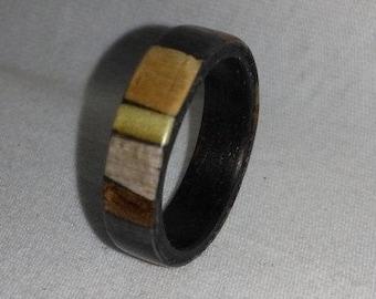 Multiwood random bentwood ring