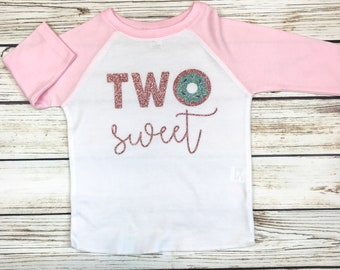 {Two Sweet Donut Raglan} Glitter