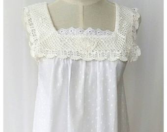 Vintage look cotton night gown