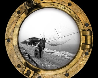 Photo Frame Round | Porthole: Submarine Dam