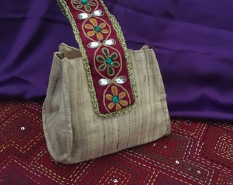 Silk potli bag with traditional Indian hand embroidered handle (Beige) [N0103]