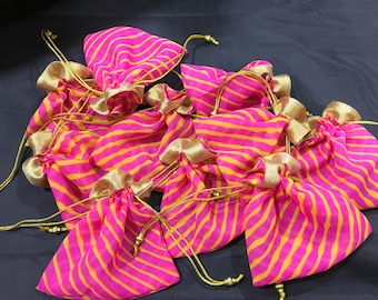 PinkYellow leharia batwa / potli/ drawstring bags (small) [N0141]