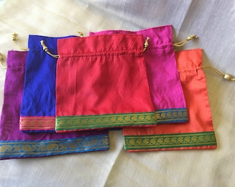 Set of 50 assorted artificial raw silk drawstring favour bags (0178)