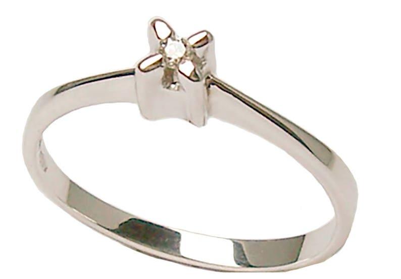 99cc18093f5 Bague en Solitaire or blanc 18 kt avec rond diamant taille