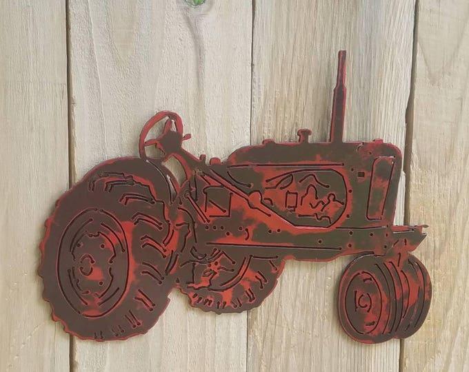 Antique tractor.  John deere, Allis Chamers, Massey Ferguson, Case, New Holland farm tractor