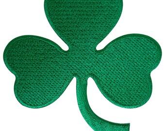 64defe7e4a29 Irish 3 Leaf Shamrock Clover Patch Badge Iron Sew On Ireland St. Patrick s  Day
