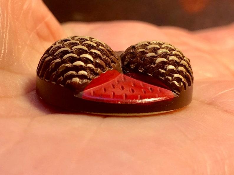 NBS Medium Mid 20th Century Celluloid Buff Pinecones Button