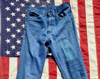 f9bc01933b0 1970s Vintage Gals Plain Pockets JC Penney Denim Jeans w/ Patches Perfectly  Worn 28Waist
