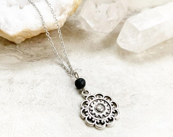 Diffuser necklace, necklace for essential oils, accessories for essential oils, large flower pendant, gift for essential oil lovers