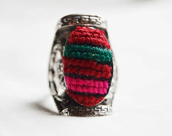 Hand made ring with multi colors.