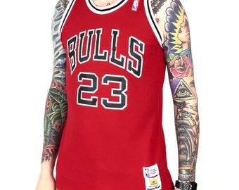 38e5b492e Vintage anni   90 NBA Chicago Bulls Michael Jordan  23 sabbia maglia maglia  Made in USA Basket rosso - taglia M