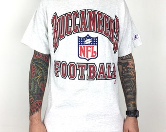 Vintage 90s NFL Tampa Bay Buccaneers Bucs Logo Athletic heather grey spell  out football graphic tee t-shirt shirt - Size L 87010f997