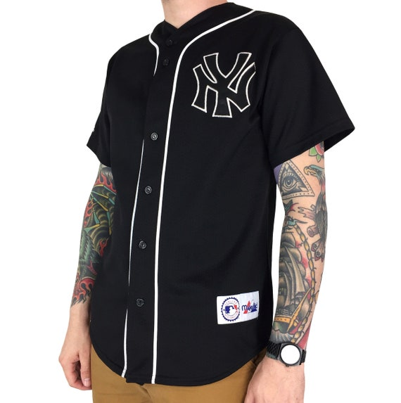 Vintage 90s MLB New York Yankees black Majestic Made in USA stitched sewn button up baseball jersey - Size M