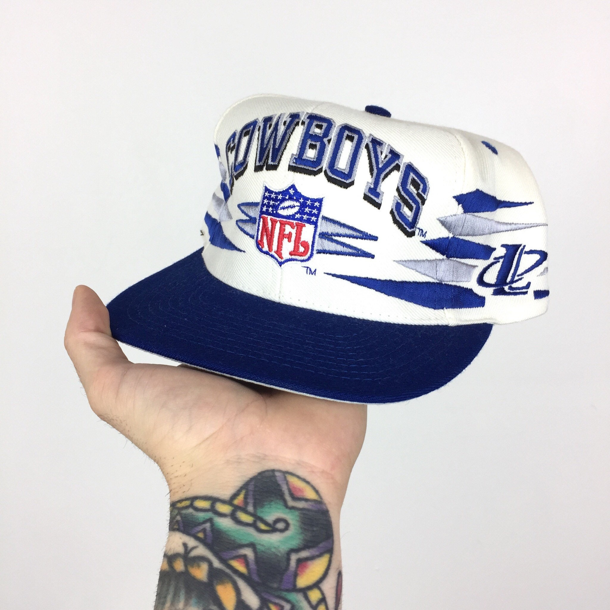 77a61e8f75ee2d Rare Deadstock Vintage 90s NFL Dallas Cowboys Logo Athletic Diamond Spike football  snapback hat