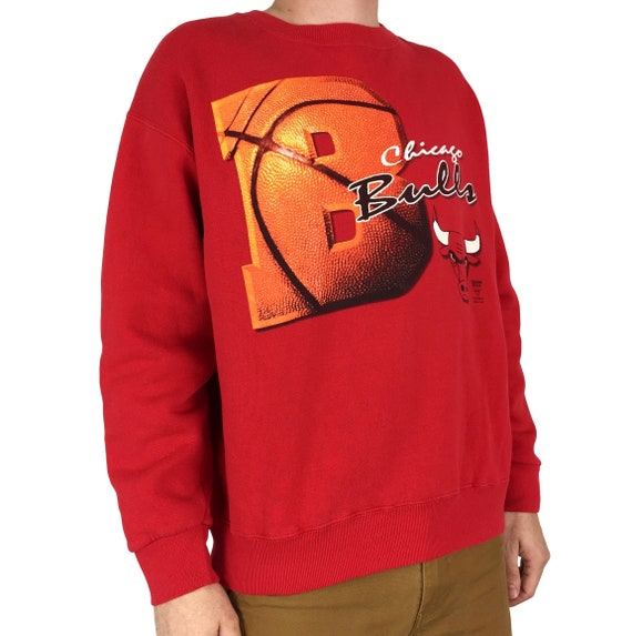 Vintage 90s NBA Chicago Bulls Lee Sport Nutmeg Mills Made in USA pullover crewneck basketball graphic sweatshirt - Size L