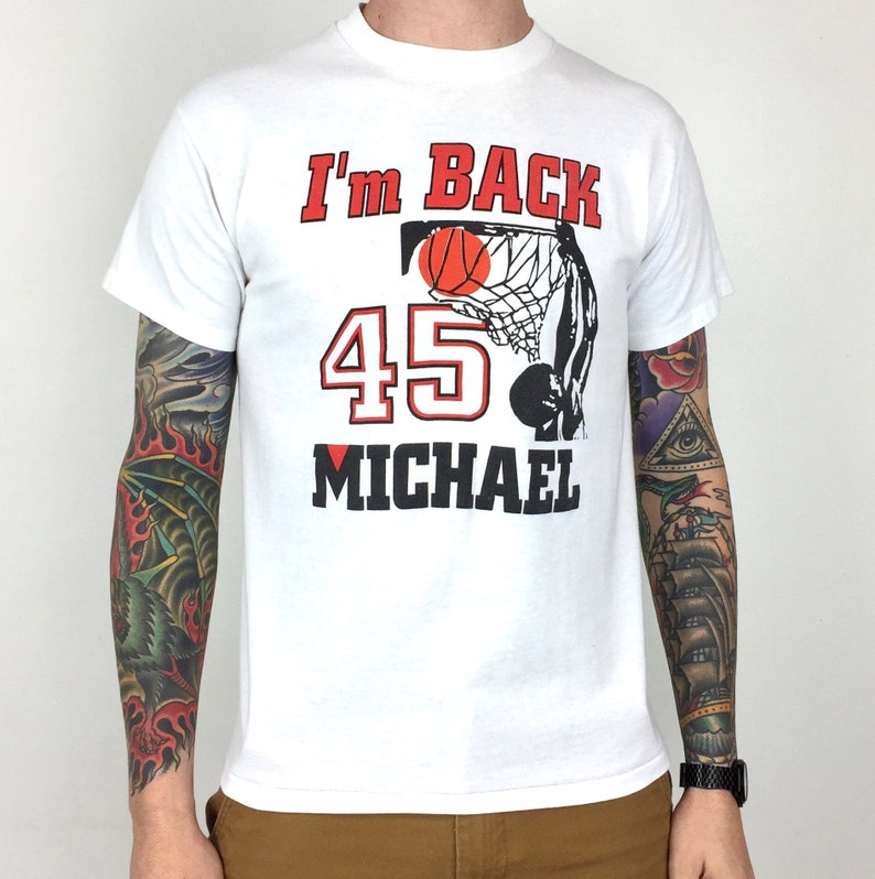 13a2539258a5ca Vintage 90s NBA Chicago Bulls Michael Jordan 45 I m Back