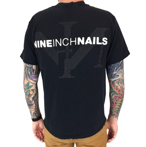 Vintage 90s Nine Inch Nails NIN single stitch double sided grunge goth rock and roll band concert graphic tee t-shirt shirt - Size M