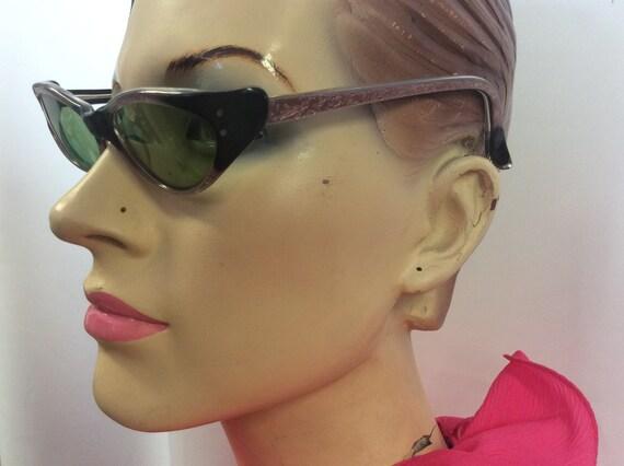1950 Authentic Sunglasses / Cat eye Retro Rockabil