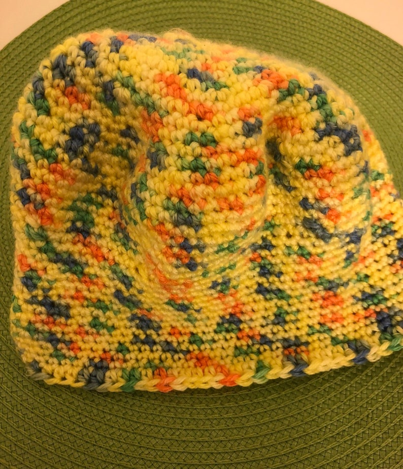 Be the 1st to own this Sunny /& bright hat! Super cute Bright yellow jelly beanie style Eye catching colours!!!