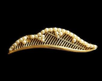 1970s Shoes  Cognac Brown 7.58N Pappagallo Loafers with Gold Fleur de Lis  Vintage 1970s Shoes