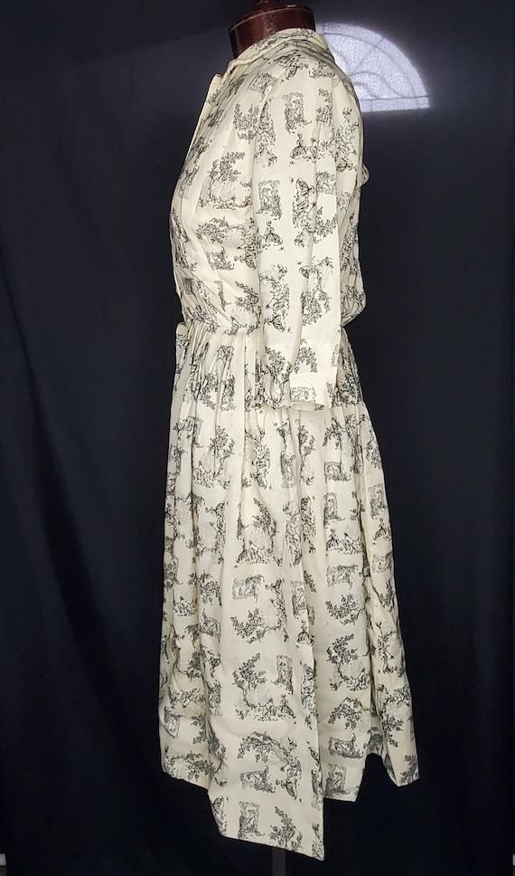 Vintage 1950s/1960swhite French Toile print dress… - image 3