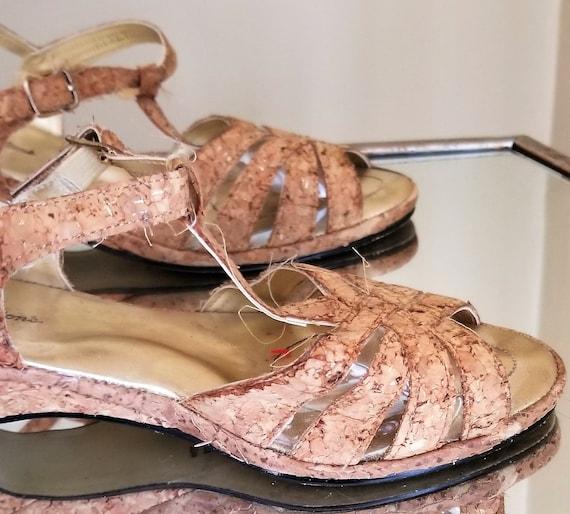 Vintage 1950s/1950s cork sandals//Vintage strappy… - image 3