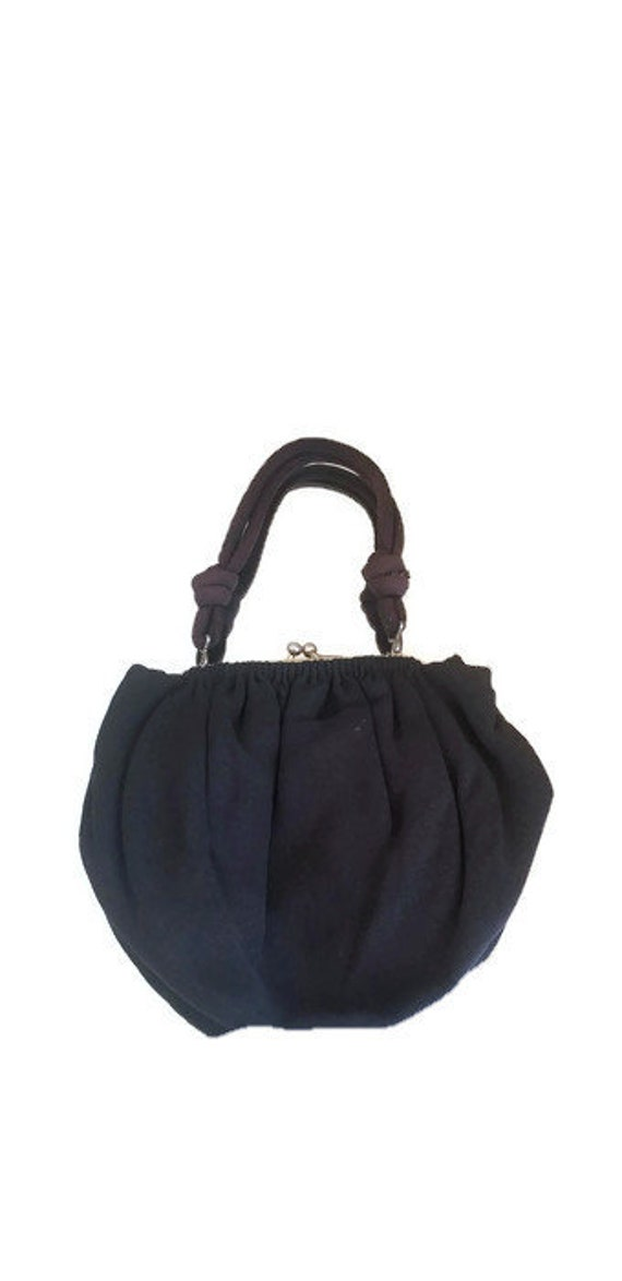 Vintage 1940s handbag//1940s tulip shaped handbag/