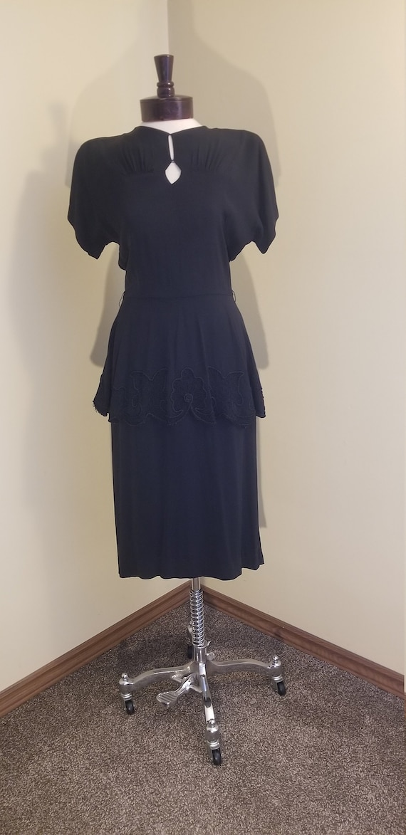 Vintage 1940s black rayon dress // 1940s peplum dr