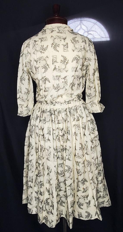 Vintage 1950s/1960swhite French Toile print dress… - image 5