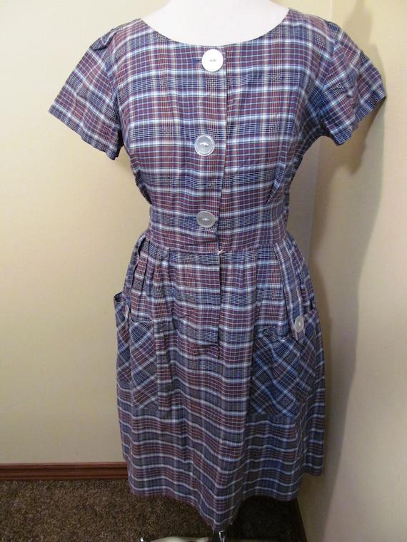 Vintage 1950s plaid dress//1950s plaid dress// she