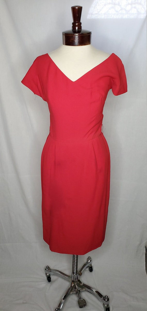 Vintage 1950s/1960s red dress//Vintage red drapped