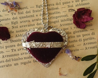 Tin Necklace – Velvet Heart – handmade jewel – tin pendant-necklace-Gift for you-mother's Day-antique style