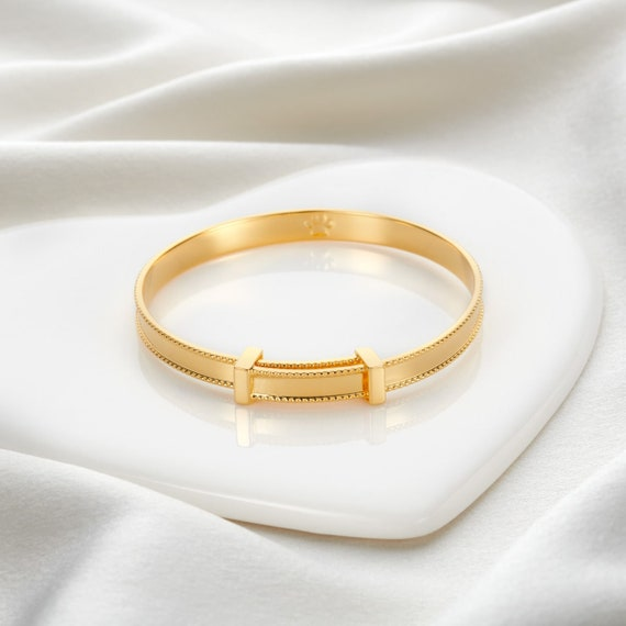 18ct Gold Vermeil Babys First Diamond Christening Bangle Baptism gift and toddler jewellery for 1st birthday present