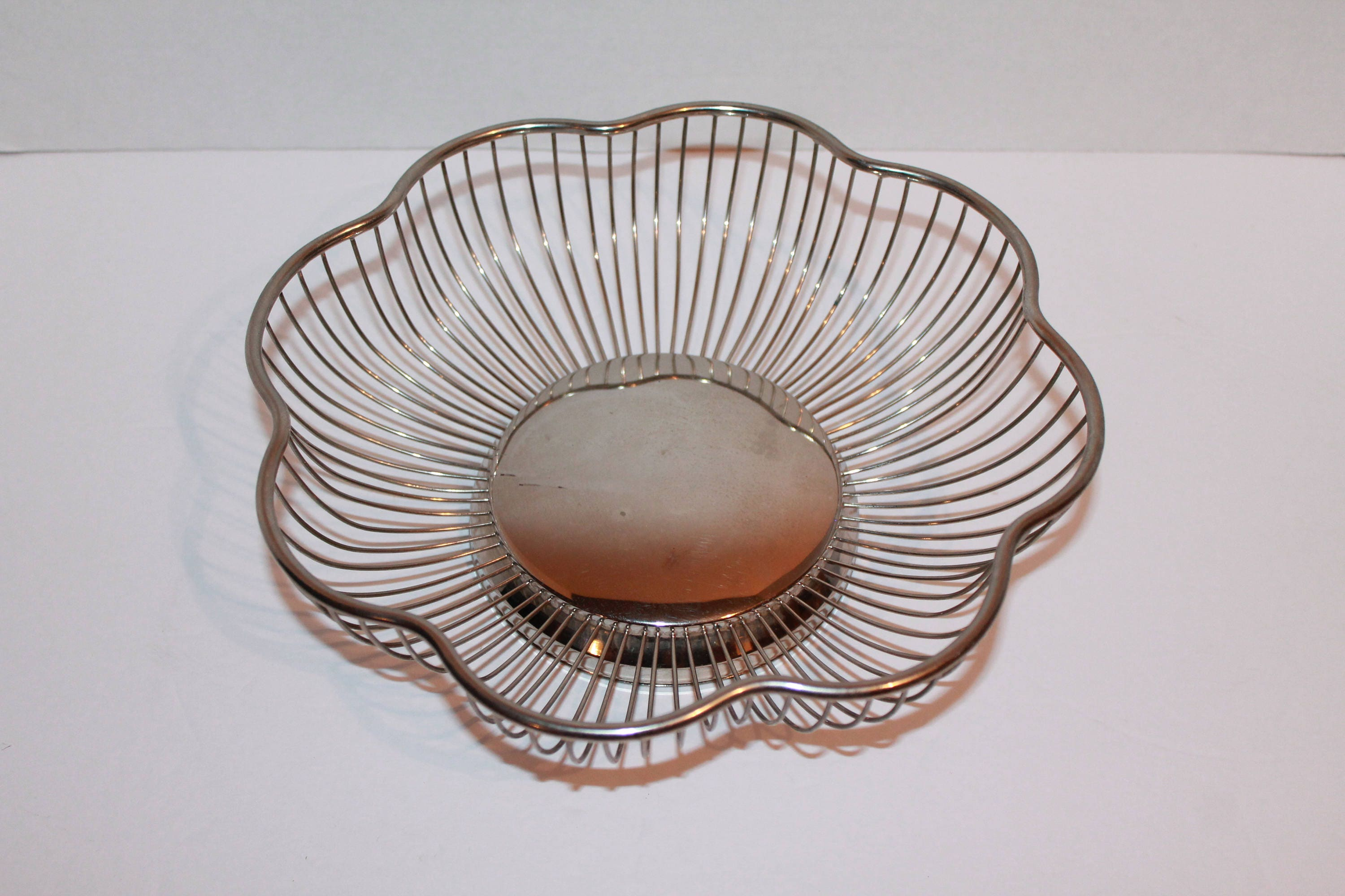 Vintage Silver Plated Scalloped Wire Basket, Fruit Basket, Wire Basket