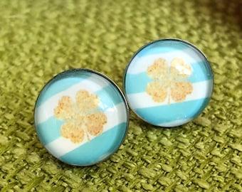 Lucky charm, clover earplug, lucky sklee earrings, pastel, gold, customizable, stainless steel earrings