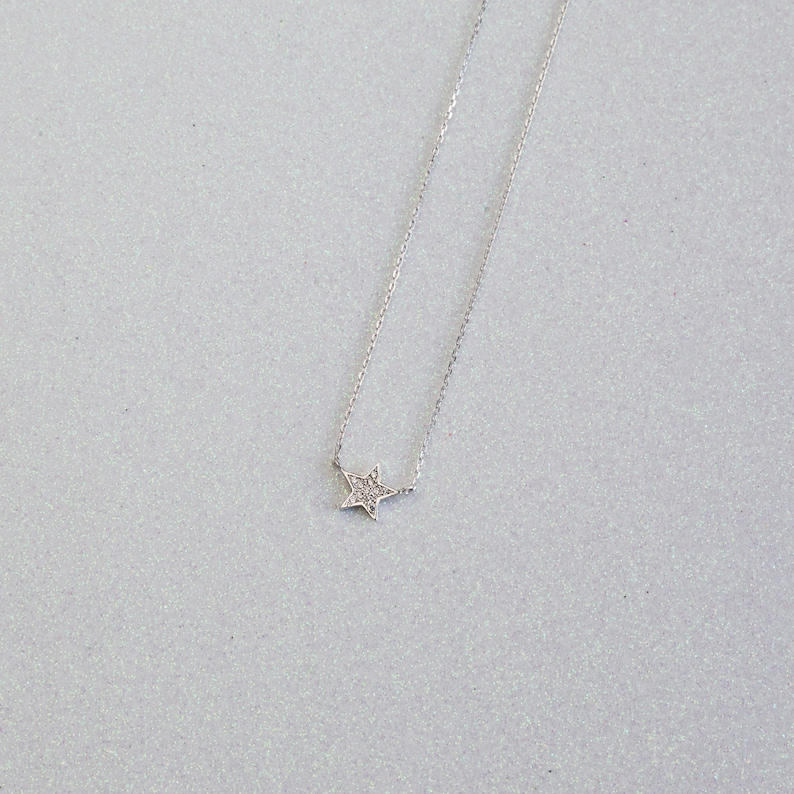 Dainty necklaces Star necklace Modern necklaces Star-shaped pendant Cubic zirconias star necklace Cz star necklace Pave star necklaces