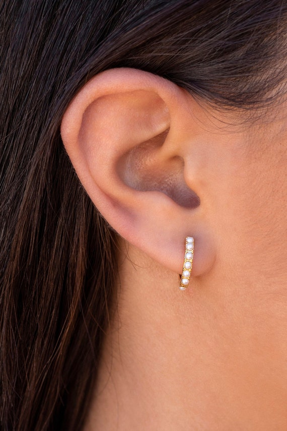 huggie-hoop-earrings-with-pearls by etsy