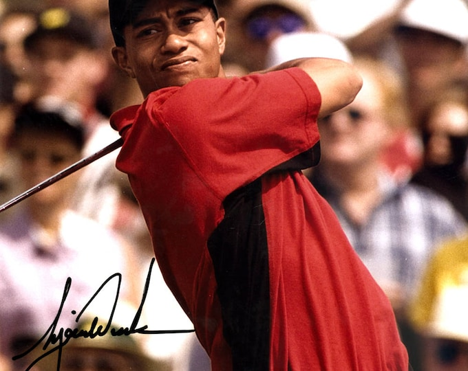 Tiger Woods Autographed Signed Masters Limited Edition 8x10 Photo UPPER DECK