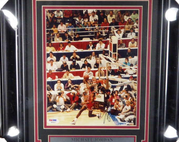 Michael Jordan Autographed Signed Framed 8x10 Photo PSA/DNA