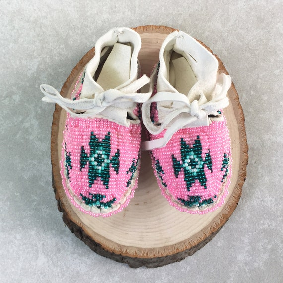 Native American Indian Baby Moccasins Beaded Baby Shoes Soft Etsy